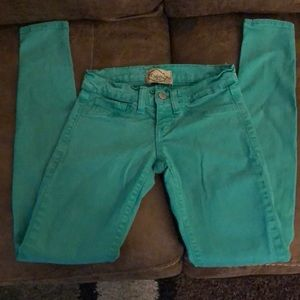 Juniors size 0 green DeJaVu SkinnyJeans/Jeggings